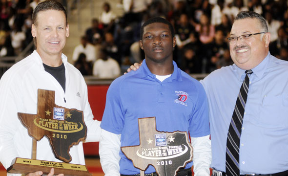 Panther Quarterback Divan Ealy receives Built Ford Tough Player of the Week Award