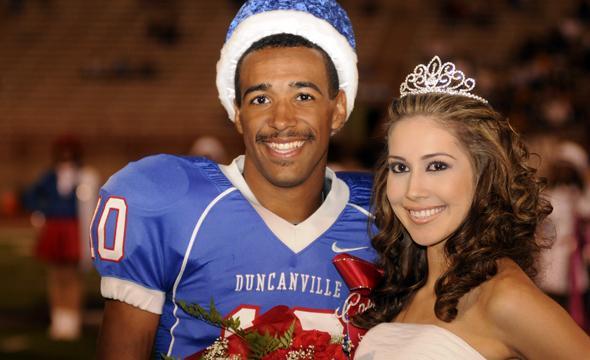 Edwards, Villarreal take Homecoming King, Queen Honors