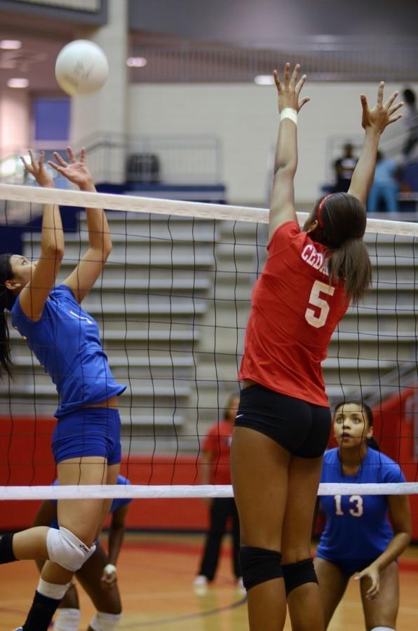 Varsity+volleyball+vs.+Garland