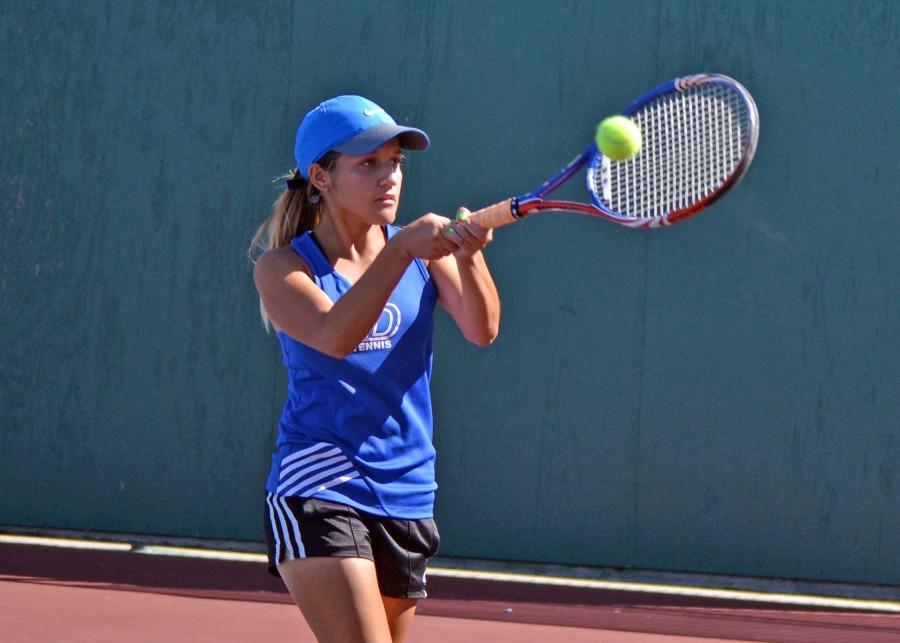 Photos%3A+Varsity+Tennis+vs+Alvarado