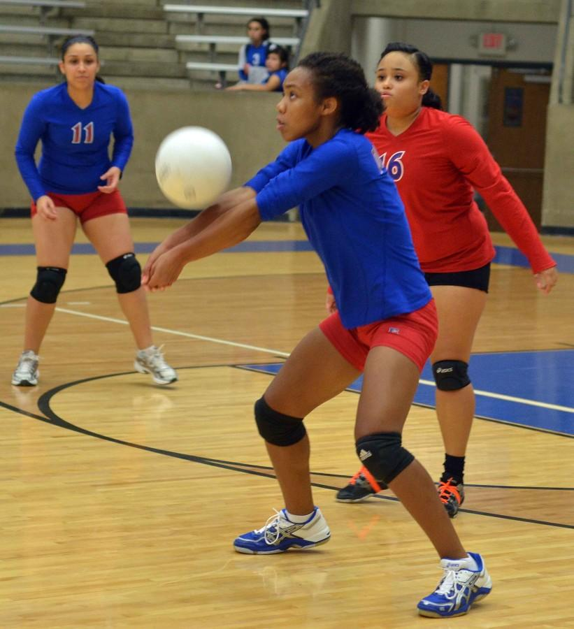 Photos%3A+JV+Volleyball+vs+GP