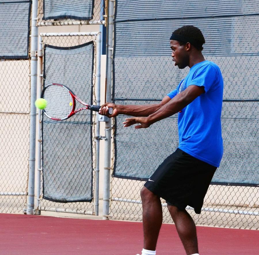 Photos%3A+Varsity+Tennis+vs+Desoto