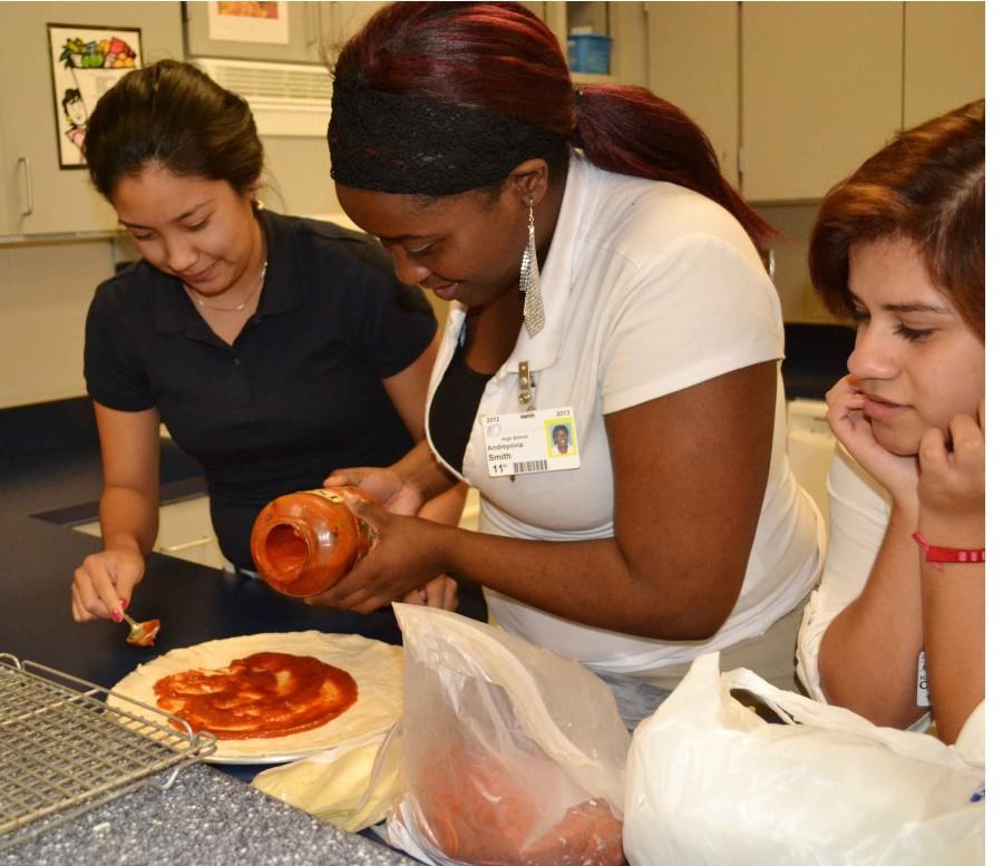 Photos%3A+FCCLA+Pizza+Social