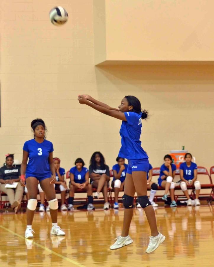 Photos%3A+Freshman+Volleyball+vs+SGP