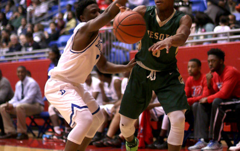 Panther basketball puts up fight against No 2 DeSoto, comes up short