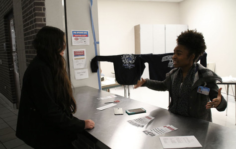Marketing students gain real life experience through Panther Shop sales