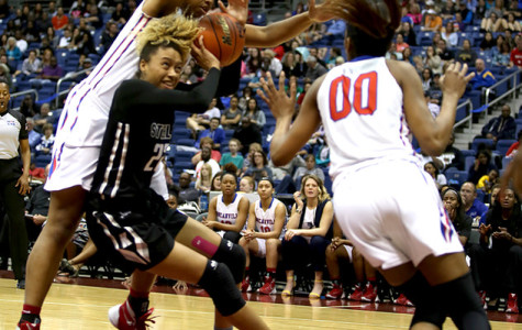 Pantherettes destroy Cibolo Steele 81-41, advance to State Final