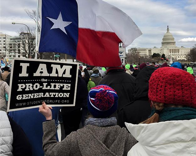 Students+from+Duncanville+join+fellow+texans+in+the+march+for+life+at+the+Capital.+%28Amie+Kinard+photo%29