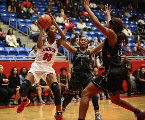 Duncanville Girls' Basketball Close Out District Season Against Desoto