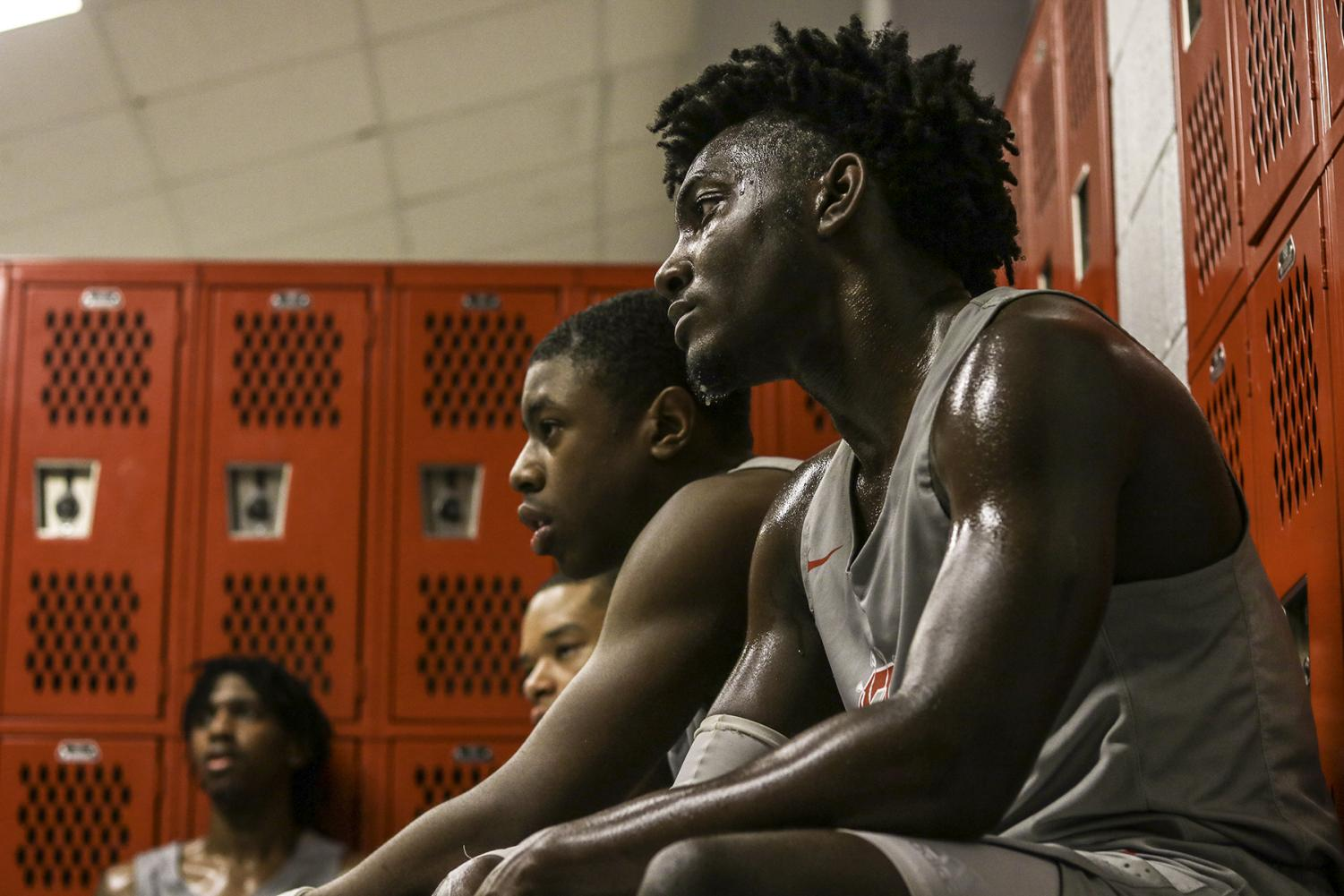 Players join each other in the locker room after a tough bout with DeSoto in Double OT. (Brenda Arana photo)