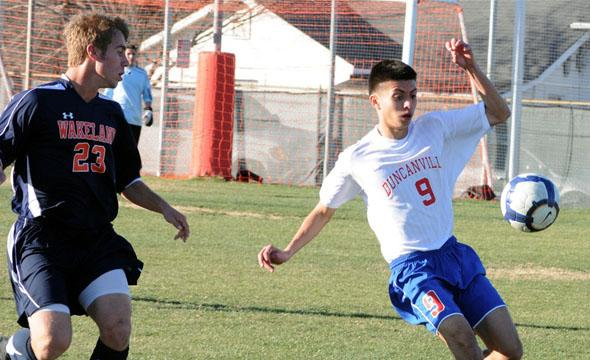 Boys soccer loses close game agaist Mansfield Legacy