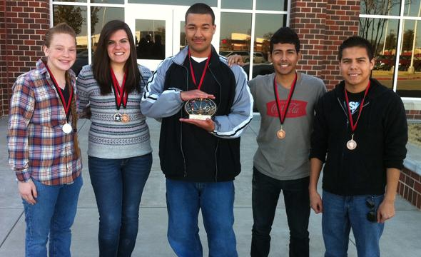Journalism UIL team wins Highest Placing Team at Legacy meet