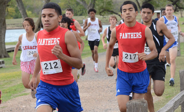 Cross country finishes district in fourth place, Salazar headed to Regionals