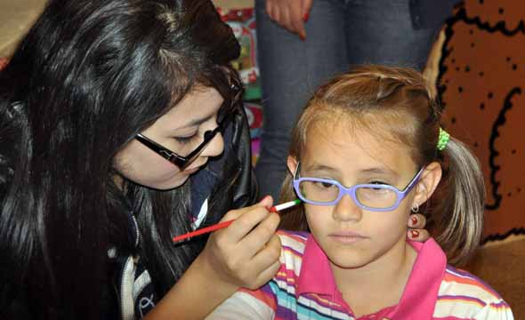 Book fair brings smiles to faces of all involved, raises money for high school library