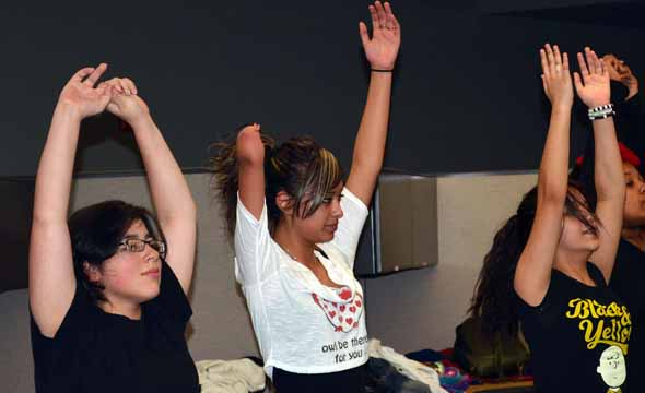 Freshman finds confidence in Yoga despite shortened arm