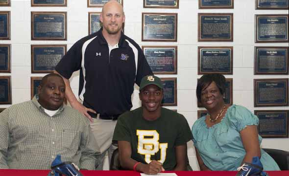 Nine football players sign letters of intent