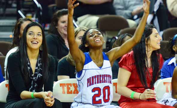 Pantherettes set to appear in 5A State Championship game, win big in semi-finals