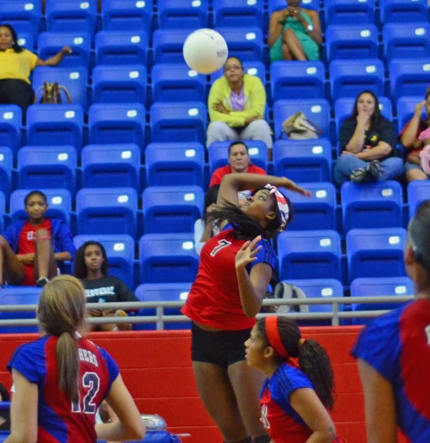 Photos%3A+Varsity+Volleyball+vs+SGP