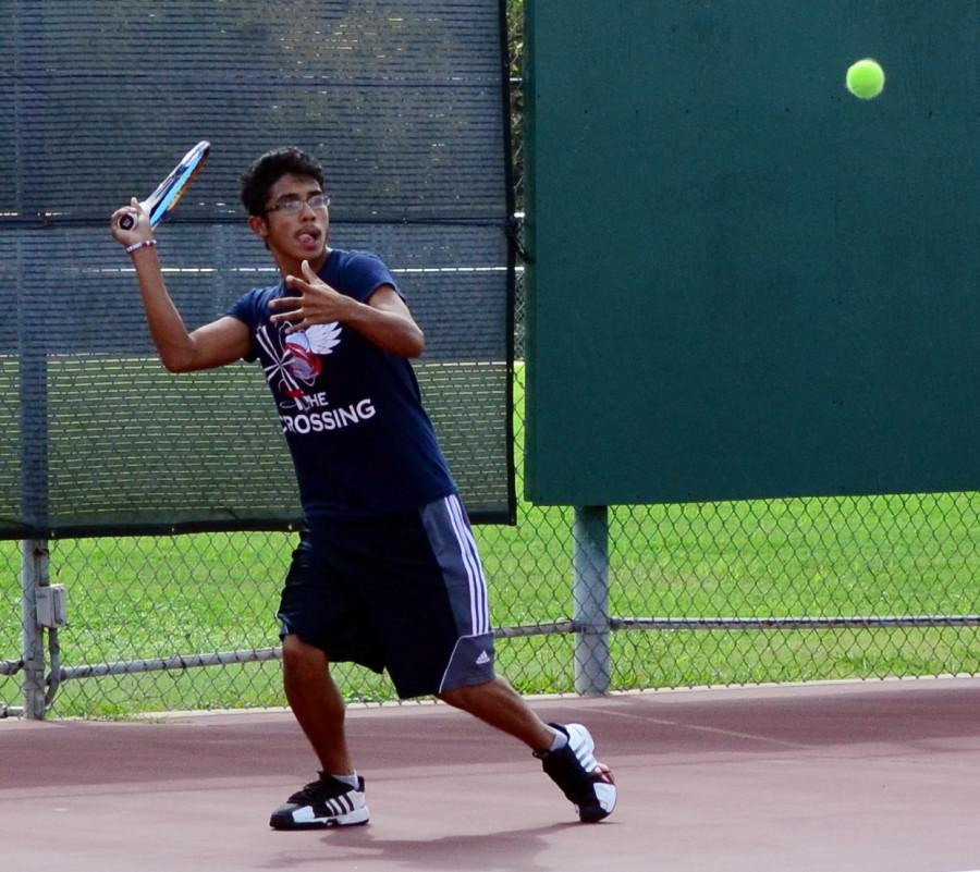 The+tennis+team+took+on+Midlothian+for+a+chance+to+move+on+to+the+regional+tournament+later+this+month.++This+game+came+after+a+win+against+DeSoto.+%28Valerie+Cardenas+photo%29