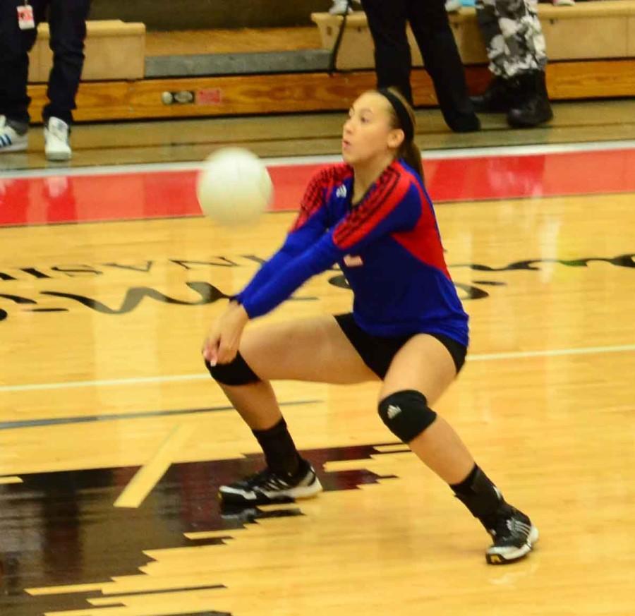 Photos%3A+Varsity+Volleyball+vs+Cedar+Hill