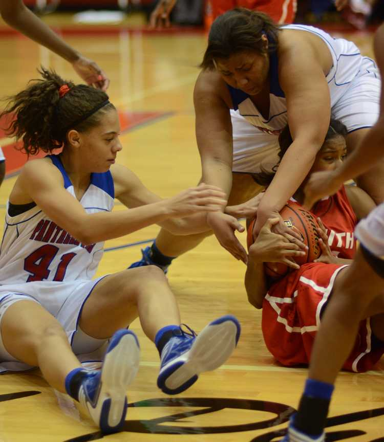 Video%3A+Varsity+Girls+basketball+faces+South+Grand+Prairie