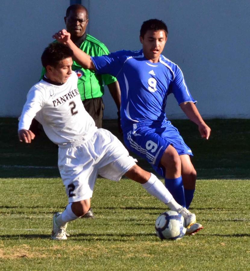 Video%3A+Boys+soccer+defeats+Temple+3-0+in+Duncanville+Classic