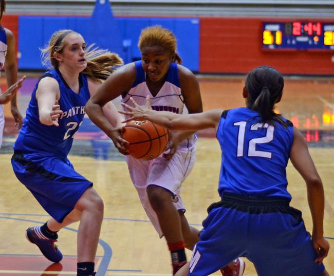 Video%3A+Varsity+Pantherettes+defeat+Midlothian+to+ramain+undefeated