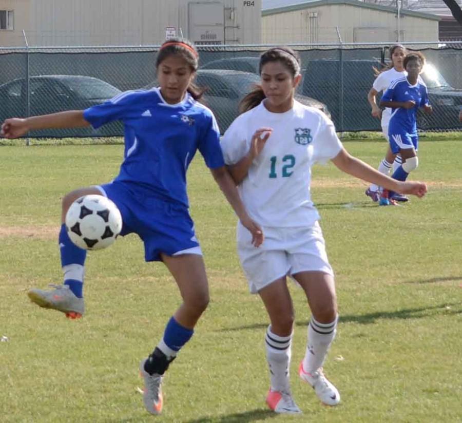 Photos%3A+Varisty+Girls+Soccer+vs+Molina