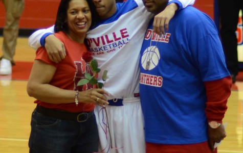 Video: Panther basketball players recognize parents
