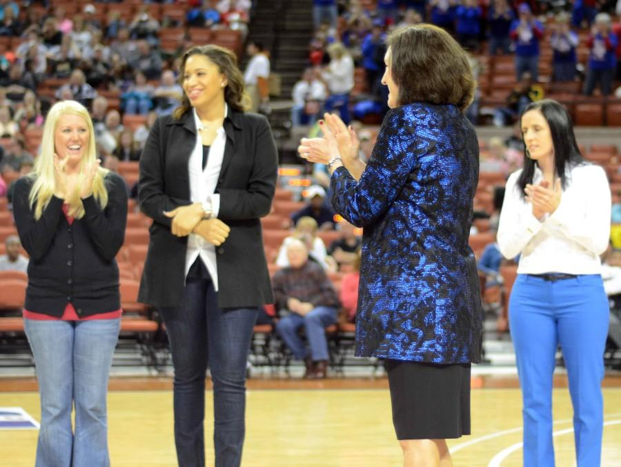 Photos: Recognition of 2003 Team