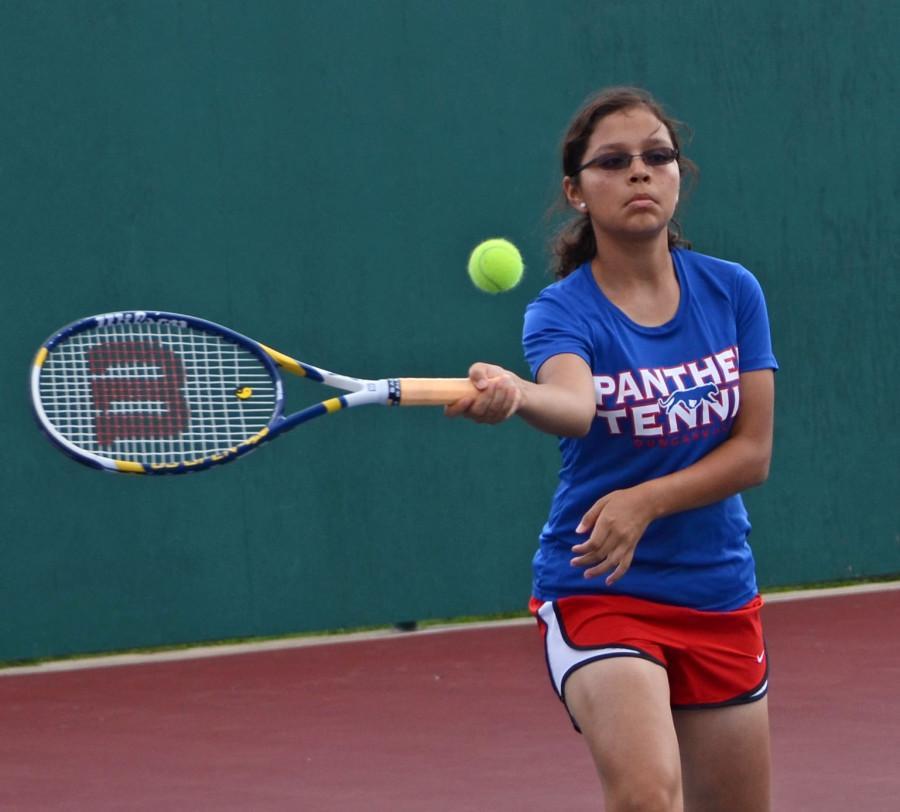 20130827_Leenolia Robinson_Tennis vs. Lamar_8-27__0005