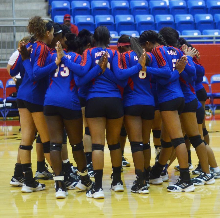 Photos%3A+Varsity+Volleyball+vs.+Berkner