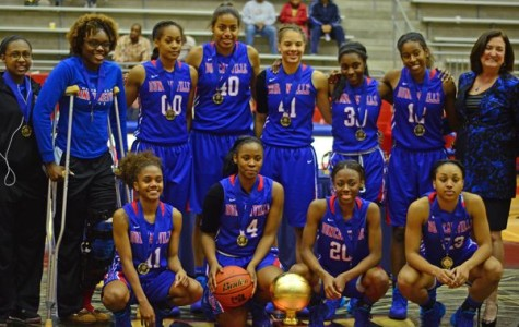 Video: Pantherettes defeat Whitney Young, win Sandra Meadows Classic for third straight year