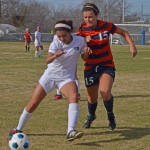 Varsity girls in the championship game of the Duncanville Classic Tournament (Karla Estrada photo).
