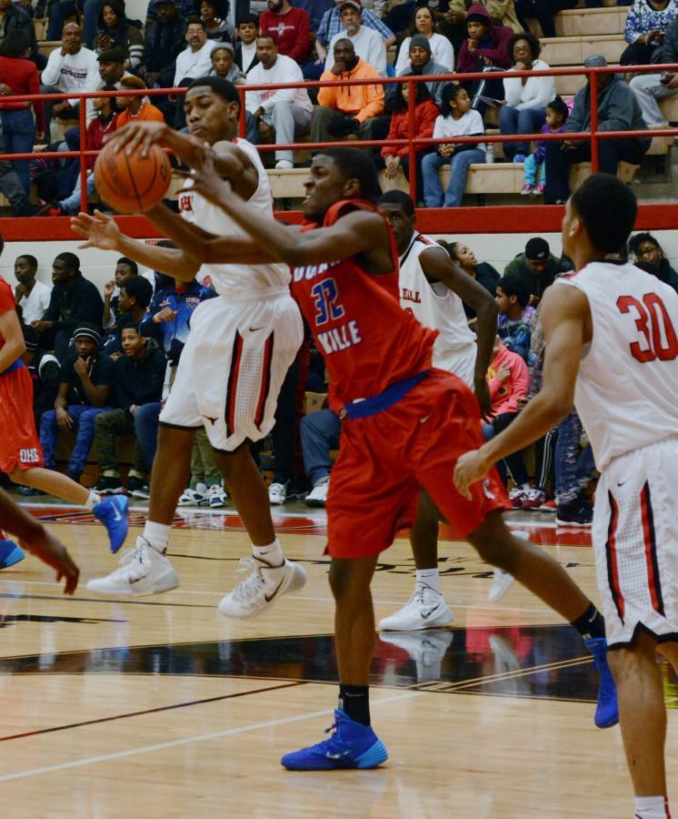 Photos: Varsity Boys Basketball vs. Cedar Hill