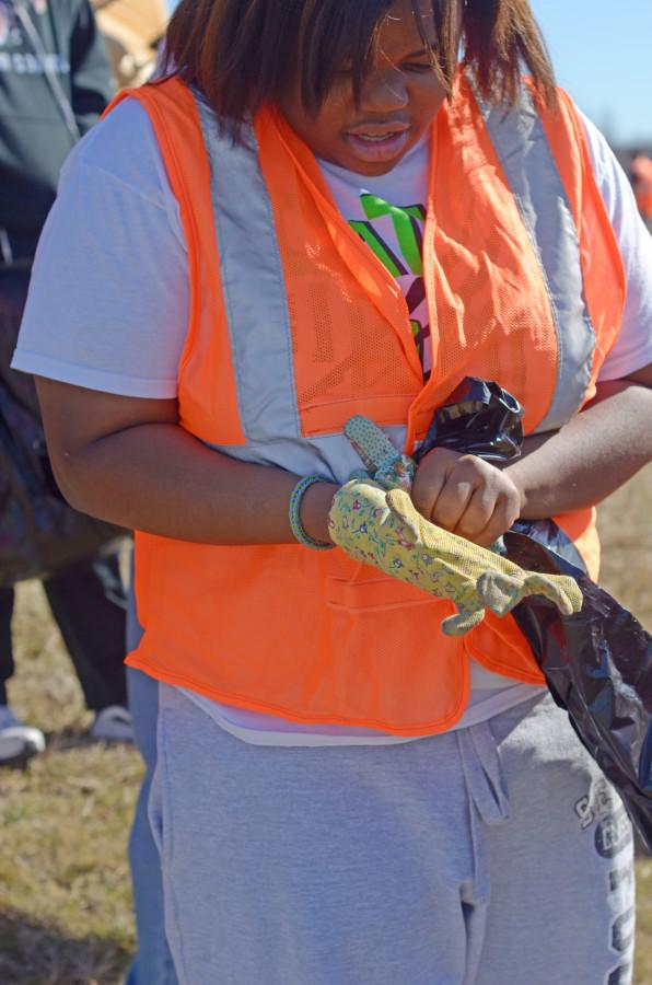 Photos: Student Council Highway Clean Up.