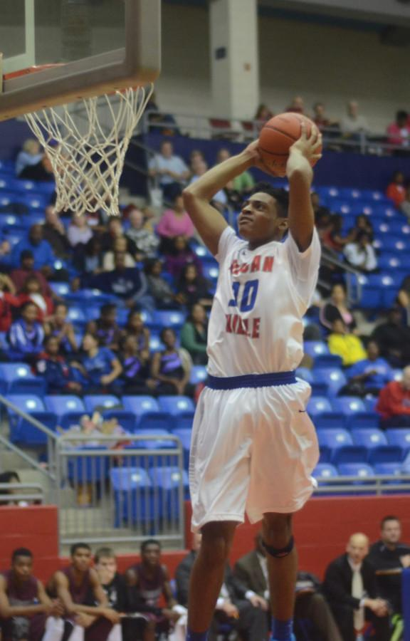 Photos: Varsity Boys Basketball vs. Timberview 1-17