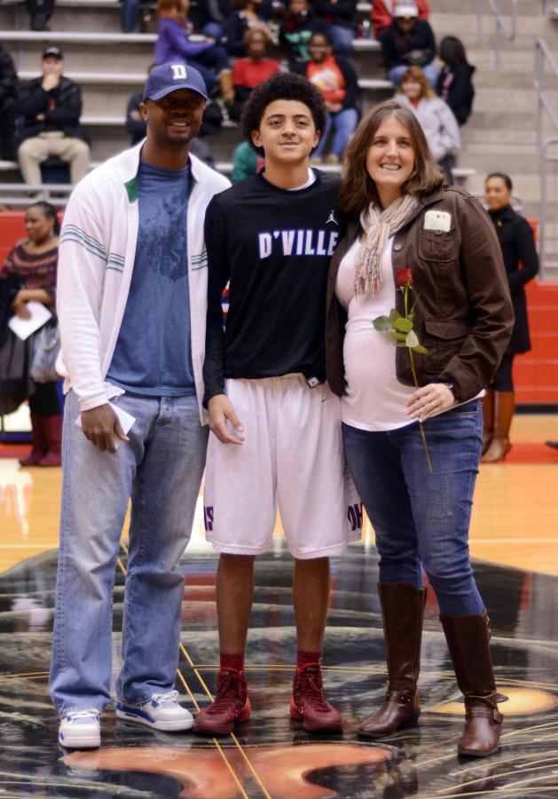 Photos: Basketball Varsity Boys Senior Night