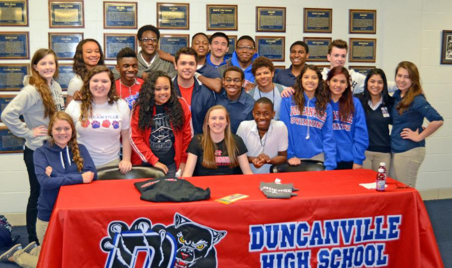 Athletes+sign+letters+of+intent+to+play+at+universities