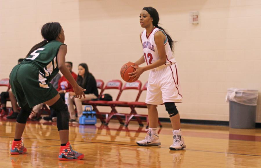 Photos%3A+Freshman+Basketball+Girls+vs.+DeSoto