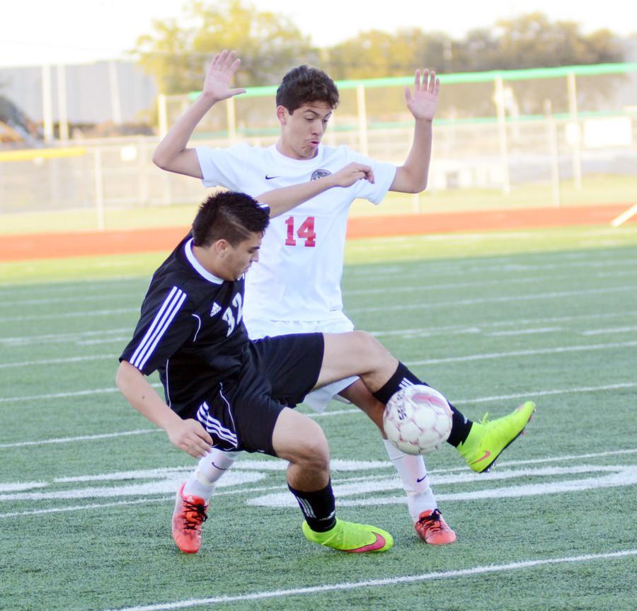 Photos%3A+Varsity+Soccer+Boys+vs.+Colleyville+Heritage