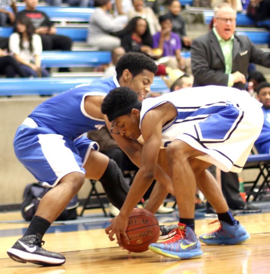 Photos%3A+Varsity+Boys+Basketball+vs.+Grand+Prairie