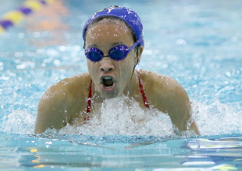 Junior+Randi+Ford+comes+up++for+air+during+her+relay+event+at+district.+%28Olivia+Colchado+photo%29