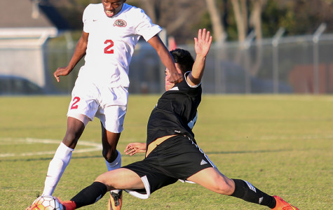 Varsity soccer boys tie Irving Tigers in Duncanville Classic