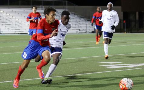 Varsity soccer boys defeat LD Bell
