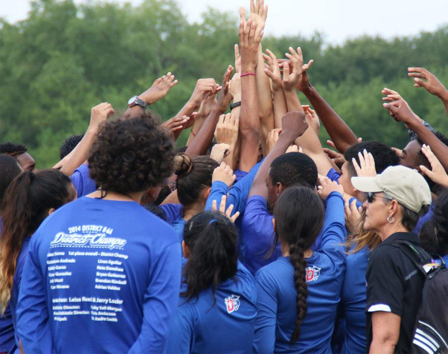 Cross Country places first at Hillsboro Invitational
