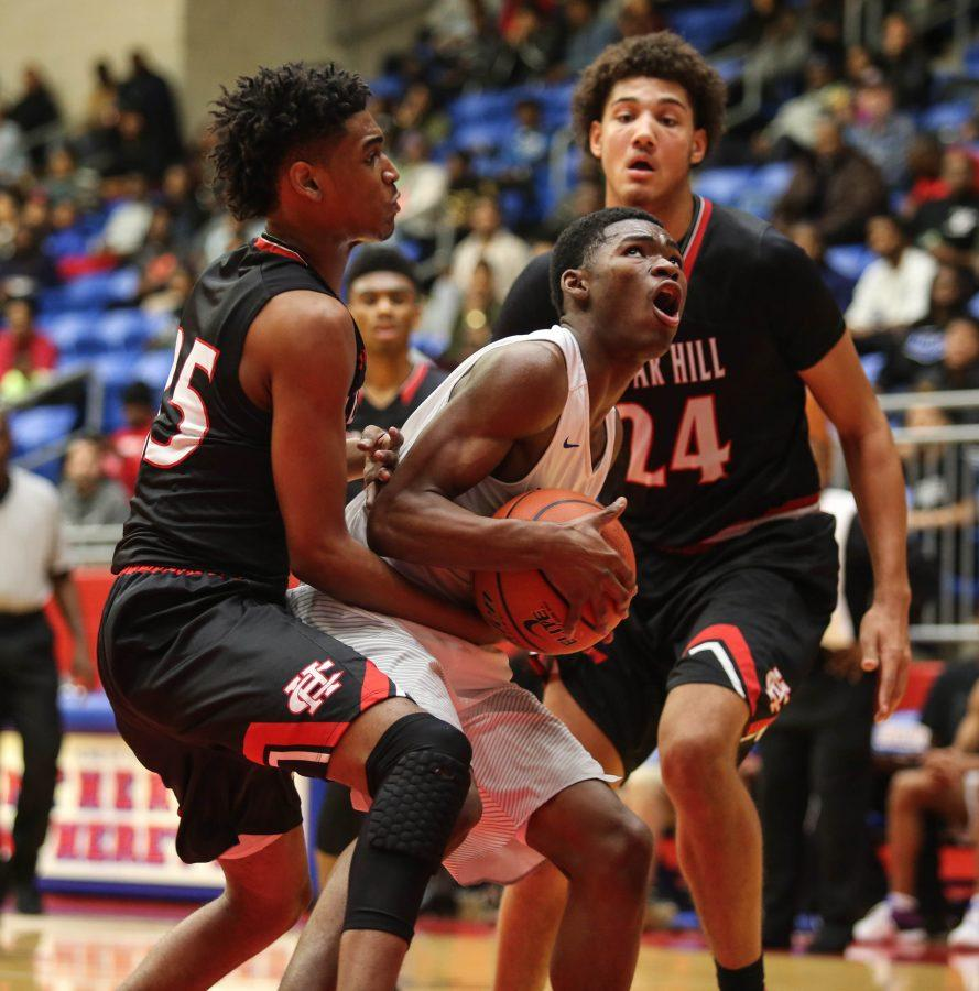Varsity Basketball boys lost against Cedar Hill