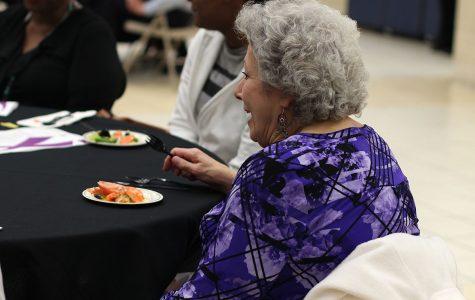 Cancer survivors enjoy cancer awareness banquet