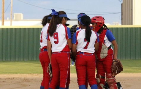 JV Softball kicks off season against Red Oak