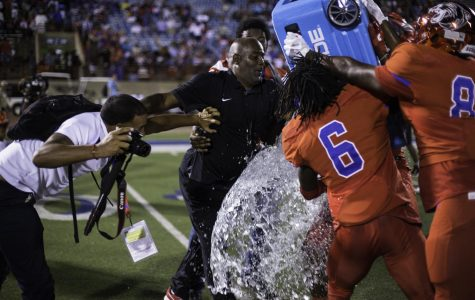 Samples becomes winningest black coach in UIL History